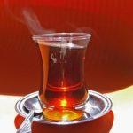 Kombi für Gourmets: Tee und Honig